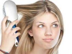 La ricetta segreta per avere capelli sempre puliti, anche quando non si ha tempo per lavarli. Homemade Cosmetics, Beauty Case, Hormonal Acne, Green Life, Diy Skin Care, Natural Health, Beauty Hacks, Hair Makeup, Hair Beauty