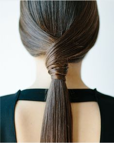 hair trends and hair styles Ponytail Hairstyles, Diy Hairstyles, Pretty Hairstyles, Hairstyle Ideas, Ponytail Ideas, Simple Hairstyles, Bridal Hairstyles, Great Hair, Hair Day