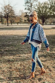 Floral Denim Jacket | Casual Spring Style