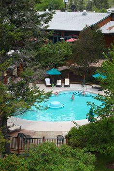 Aerial view of our guest hot pool #FairmontHotSpringsResort #hotsprings #hotpools #guespool #destinationbc #tourismbc #BritishColumbia #naturalhotsprings