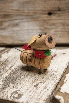 Wine Cork Dog Ornament Handmade One of a Kind Fun to give Great hostess gift Wine Craft, Wine Cork Crafts, Wine Bottle Crafts, Wine Cork Ornaments, Dog Ornaments, Cork Christmas Trees, Wine Bottle Candles, Wine Bottles, Wine Cork Projects