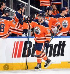 0835e89b1 122 Best Hockey - Edmonton Oilers   Toronto Maples Leaf fan images ...