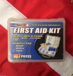 107 piece first aid kit survival camp emergency disaster tactical Rapid Care Survival Supplies, Survival Food, Survival Tips, Survival Skills, Outdoor Survival, How To Make Traps, Disaster Kits, Sprain, Bug Out Bag
