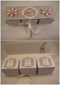 Boîtes bébé, cadeau de naissance boîtes : bracelet de naissance, mèche de cheveux, dents de lait.