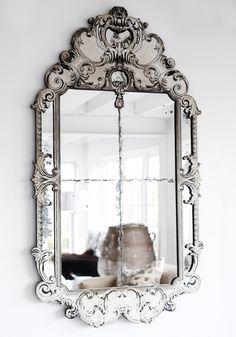 Vintage mirror and lots of vintage design inspiration! Mirror Inspiration, Diy Inspiration, Mirror Ideas, Vintage Mirrors, Vintage Decor, Fancy Mirrors, Rustic Mirrors, Vintage Style, Beautiful Mirrors