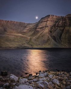 """Visit Wales on Instagram: """"🌕⛰ Moonrise over Llyn y Fan Fach, Brecon Beacons National Park by @harplington"""" Wales Snowdonia, Pembrokeshire Coast, Cardiff Bay, Cardiff Wales, Welsh Castles, Adventurous Things To Do, Visit Wales, Brecon Beacons, Beauty Around The World"""