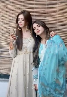 Best Friend Gifs, Love You Best Friend, Friends In Love, Stylish Dresses For Girls, Stylish Girl Images, Cute Love Couple, Cute Couple Videos, Beautiful Girl Image, Beautiful Songs