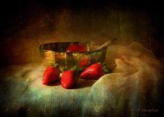 https://flic.kr/p/qfBof8 | Still Life & Strawberries | Have a happy Sunday…