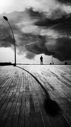 #Artphotography - Black and White long shadow #onlineartgallery - #contemporaryart - art photography - online art gallery - contemporary art www.spotuart.com