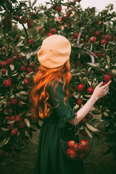 The Most Fairytale Apple Trees - A Clothes Horse Princess Aesthetic, Aesthetic Girl, Ginger Girls, Girly Pictures, Girl Photo Poses, Fall Photos, Clothes Horse, Girl Photography, Redheads