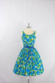 Vintage 1950's Dress - Blue and Green Scenic Print Cotton Sundress