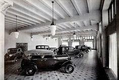 Sala de exhibición, Planta Ford en la Calz. de Guadalupe, 1932.
