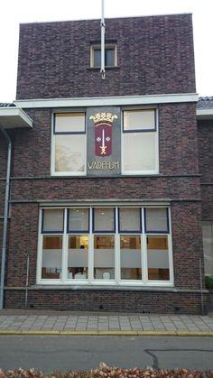"""""""Oude"""" gemeentehuis Warffum"""