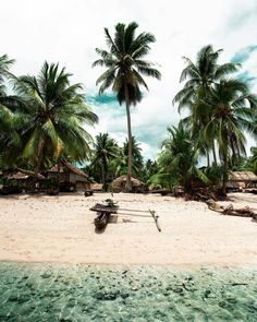 Papua New Guinea, Photo credit Beautiful Beach Pictures, Beautiful Beaches, Guinea Africa, Face Painting Tutorials, Hawaii, Ends Of The Earth, Dark Fantasy Art, Weekend Vibes, Papua New Guinea