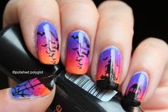 Nail Art │ Halloween in inverted colours [Challenge] / Polished Polyglot