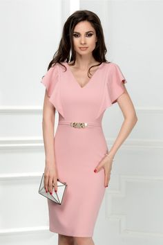 rochie midi roz pudra de ocazie cu detaliu auriu in talie Simple Dresses, Elegant Dresses, Cute Dresses, Beautiful Dresses, Casual Dresses, Short Dresses, Prom Dresses, Formal Dresses, Linen Dresses