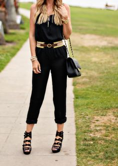 A Little Dash of Darling: Romping Around - great idea of how to wear my black romper Casual Outfits, Summer Outfits, Fashion Outfits, Summer Clothes, Pretty Outfits, Cute Outfits, Pretty Clothes, Work Clothes, Jumpsuit Outfit