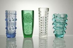 The creators of the phenomenon of Czechoslovak pressed glass were mainly three great experimenters Jurnikl Rudolf (1928), František Vízner (1936) and Vladislav Urban (1937)