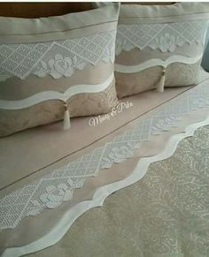 Diy Pillows, Sofa Pillows, Cushions, Linen Bedding, Bedding Sets, Sheet Curtains, Crochet Decoration, Ornaments Design, Bed Covers