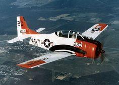 North American T-28B Trojan_VT-2_over_NAS_Whiting_Field_c1973