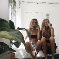 42 Best Ideas For Travel Pictures Ideas Best Friends Girlfriends Best Friend Pictures, Bff Pictures, Friend Photos, Travel Pictures, Go Best Friend, Best Friends Forever, Best Friend Goals Teen, Mädchen In Bikinis, Gal Pal
