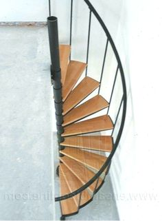 Spiral Staircase Kits, Staircase Design, Plane 2, Architecture, Garden Tools, Deen, Stairs, House Exteriors, Interiors