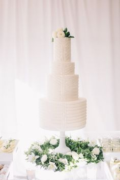 "From the editorial ""This Is the Cutest Champagne Cart You NEED to Have at Your Outdoor Wedding."" The event finished with Old Town Scottsdale's Ruze Cake House's cake moment—glamorous simplicity in the form of 4,086 hand-placed edible sequins covering a four-tiered masterpiece!  Photography: @jaimeecmorse  #weddingcake #cakedesign #cakedesigner #glamweddingcake #weddingcakeidea #sequinsweddingcake"
