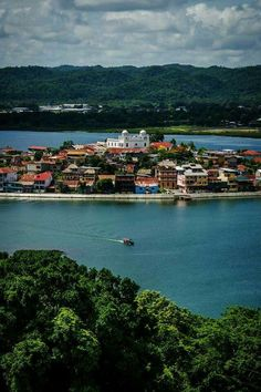 ISLA FLORES PETEN, GUATEMALA      Names and attributes of God Almighty:  God is good.    Psalm 119:65-72 The Voice (VOICE)   You have ...