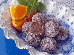 Τρουφάκια ενέργειας Dessert Cups, Cup Desserts, Muffin, Breakfast, Food, Trifles, Chocolates, Paleo, Morning Coffee