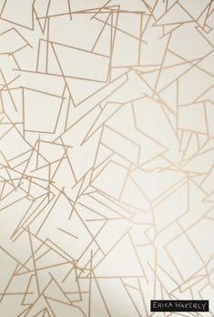 テシードがご紹介する輸入壁紙  海外取り寄せ品 ERICA WAKERLY ALL ANGLES GOLD/CREAM