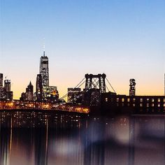 Why not cross this bridge together to the next post ? #Accorhotels #NYC #LoveNYC #Brooklyn #DesignLovers #Go #instago #Sunset #Sun #Night #lights Hotels-live.com via https://www.instagram.com/p/BEY5lcTnkiC/ #Flickr