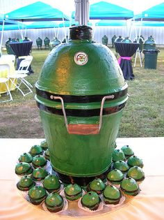 oh my god. big green egg cake. got to get it for my dad!