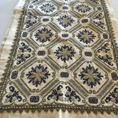 Cross Stitch Embroidery, Hand Embroidery, Embroidery Designs, Cross Stitch Borders, Cross Stitch Patterns, Palestinian Embroidery, Bargello, Bohemian Rug, Beads