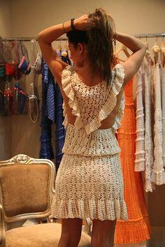 Giovana Dias - crochet dress 8.jpg