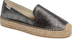 Soludos Women's Shoes in Silver Color. Soludos updates a classic espadrille with crackle-finish texture and shimmer for a casual look that brightens your entire warm-weather wardrobe. Metallic Espadrilles, Women's Espadrilles, Espadrille Shoes, Silver Shoes, Trendy Shoes, Cute Woman, Casual Looks, High Heels, Footwear