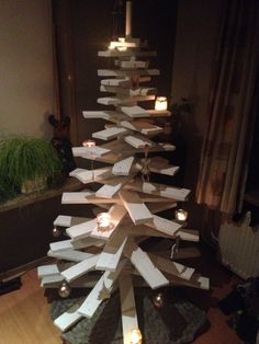 Kerstboom van pallethout   Made by Statafel op maat
