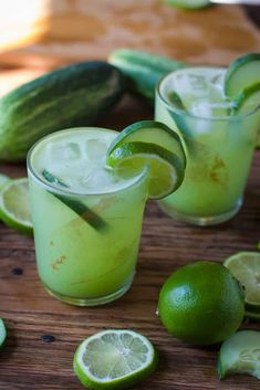 These charming blended drinks employ tequila for being foundation, mixing agave, calories and alcohol in superb dessert cocktails or adorable sippers. Summer Cocktails, Cocktail Drinks, Cocktail Recipes, Alcoholic Drinks, Beverages, Tequilla Cocktails, Classic Cocktails, Apple Smoothie Recipes, Smoothies