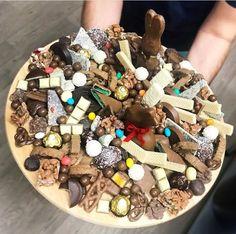 Chocolate charcuterie board yesssss!!