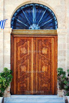 depositphotos_2300762-Ornate-wooden-doors.jpg 685×1,024 pixels