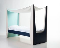 Ketara canopy bed