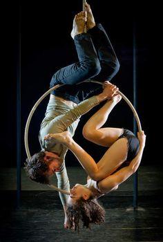 Les 7 Doigts de la Main con Sequence 8 en #circoprice de #madrid del 2 al 27 de octubre de 2013. #circo