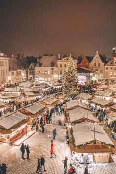 Christmas In Europe, Christmas Travel, Cozy Christmas, Christmas Time, Sweden Christmas, German Christmas Markets, Christmas Feeling, Christmas In The City, Christmas Place