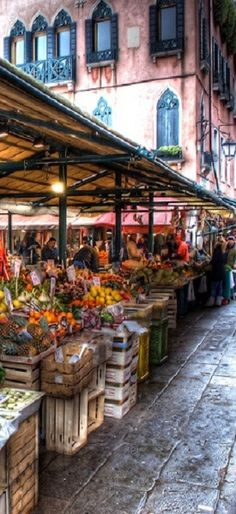 Fruit & Veg and Fish market in Venice