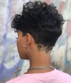 Undercut Curly Hair, Curly Pixie Hairstyles, Undercut Hairstyles, Curly Hair Styles, Short Curly Pixie, Pixie Cut, Natural Hair Cuts, Natural Hair Styles, New Haircuts