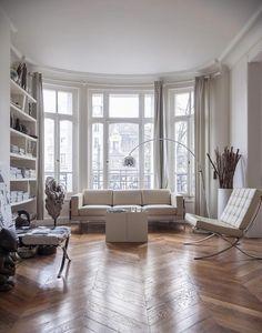 GLAM BARBIE GLAM BARBIE Appartement Hausmannien #interiordesign #interieur #design