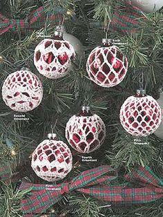 Beautiful and elegant crochet ornaments http://www.ravelry.com/patterns/library/elegant-ornaments