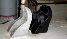 3D Printed Shoes Can be Printed in Under 6 Minutes & Cost Almost Nothing to Fabricate http://3dprint.com/38924/3d-printed-shoes-2/