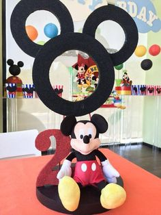 Mickey & Friends party centerpiece. Centro de mesa para fiesta de Mickey y sus amigos: