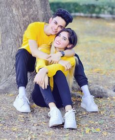 Love Couple Photo, Cute Love Couple, Cute Girl Photo, Cute Couple Poses, Cute Girl Poses, Cute Couples Goals, Romantic Couple Images, Couples Images, Wedding Couple Poses Photography