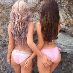 Jiggly Hump Day Butts to Get You Through Wednesday